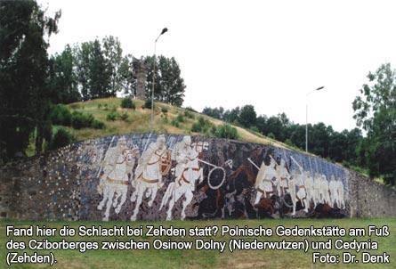 Bild 4 Fand hier die Schlacht bei Zehden statt? Polnische Gedenkstätte am Fuß des Cziborberges zwischen Osinow Dolny (Niederwutzen) und Cedynia (Zehden).